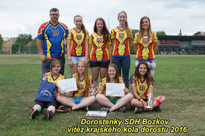 Vítězné družstvo z Bozkova